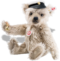 click to see Steiff  Captain Keith in detail