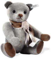 click to see Steiff  'cafe Au Lait' Bear in detail
