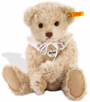click to see Steiff  Classic Teddy Bear Sissi in detail