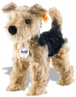 click to see Steiff  Terri Welsh Terrier in detail