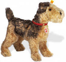 click to see Steiff  Classic 1935 Fellow Terrier in detail