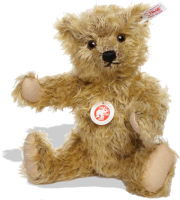 click to see Steiff  James Teddy Bear in detail