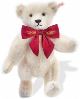 click to see Steiff  Margarete's Commemorative Bear in detail