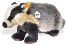 click to see Steiff Diggy Badger in detail
