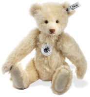 click to see Steiff  Replica 1934 Bear in detail