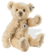 click to see Steiff  Vanilla Replica 1906 Teddy Bear in detail
