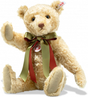 click to see Steiff British Collectors 2019  Bear in detail