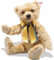 click to see Steiff  2020 British Collectors Bear in detail